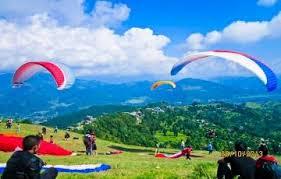 Paragliding Sport in Himachal Pradesh